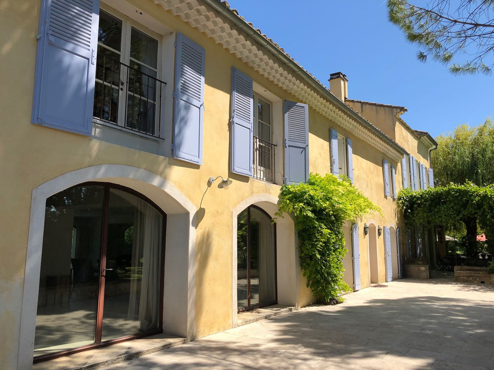 exclusive_rentals_provence_luxury_vacation_homes_villa_south_of_france_10