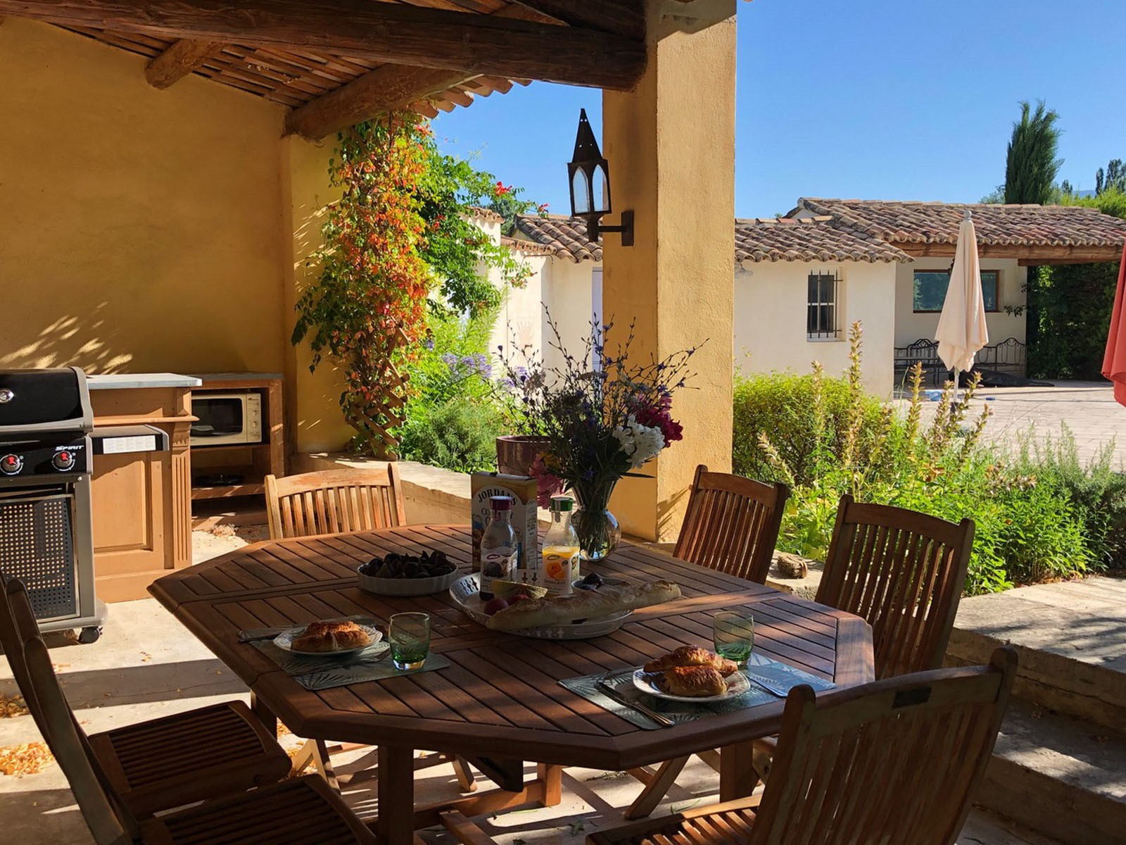 exclusive_rentals_provence_luxury_vacation_homes_villa_south_of_france_14
